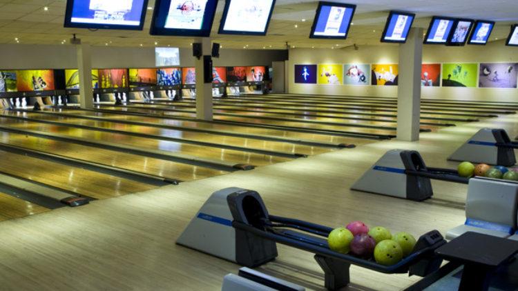 Bowling in Bray