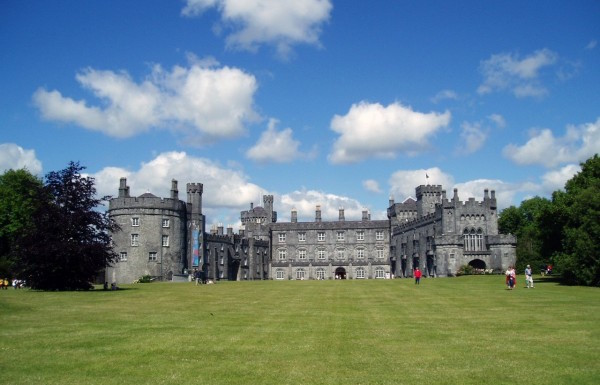 Kilkenny & Wicklow Day Tour